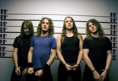 airbourne-live-it-up-2013